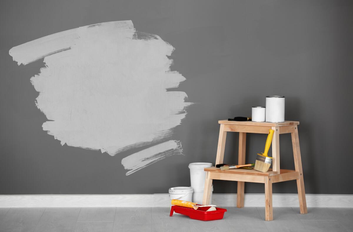 Qual è il periodo migliore per imbiancare casa - shutterstock_1017644965 Di Africa Studio